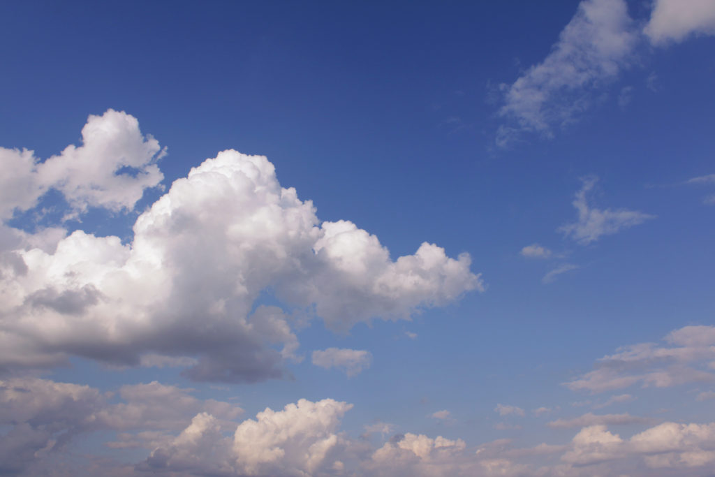 wolken wolke mehrere wolken am himmel ueber den wolken by tropfengirl flugzeug fliegen in den