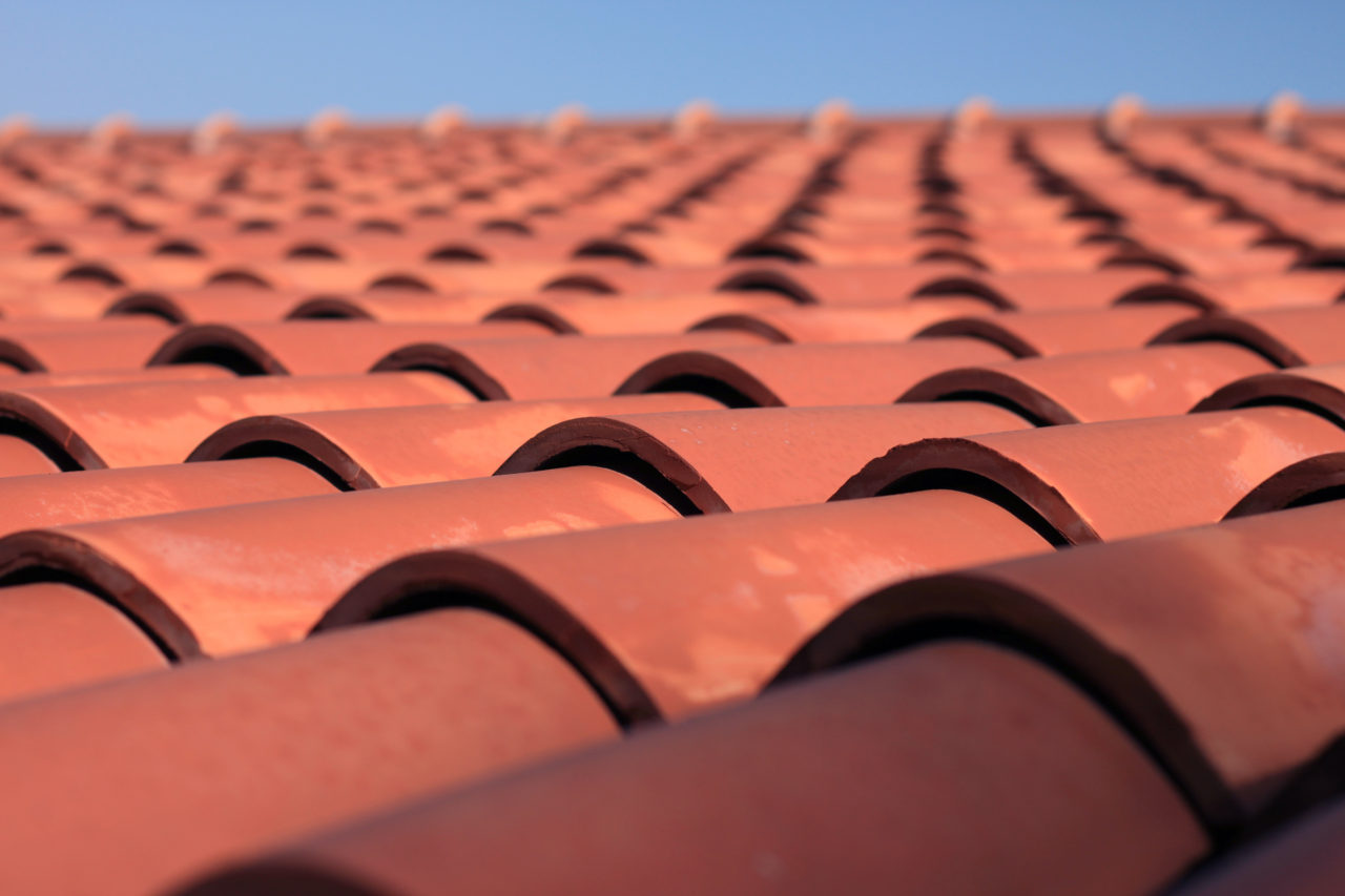 dachziegel excellent neue dachziegel u hier passend nach dem verlegen with dachziegel. Black Bedroom Furniture Sets. Home Design Ideas
