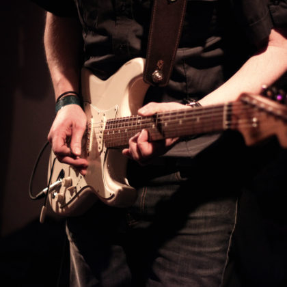 e-gitarre-spielen