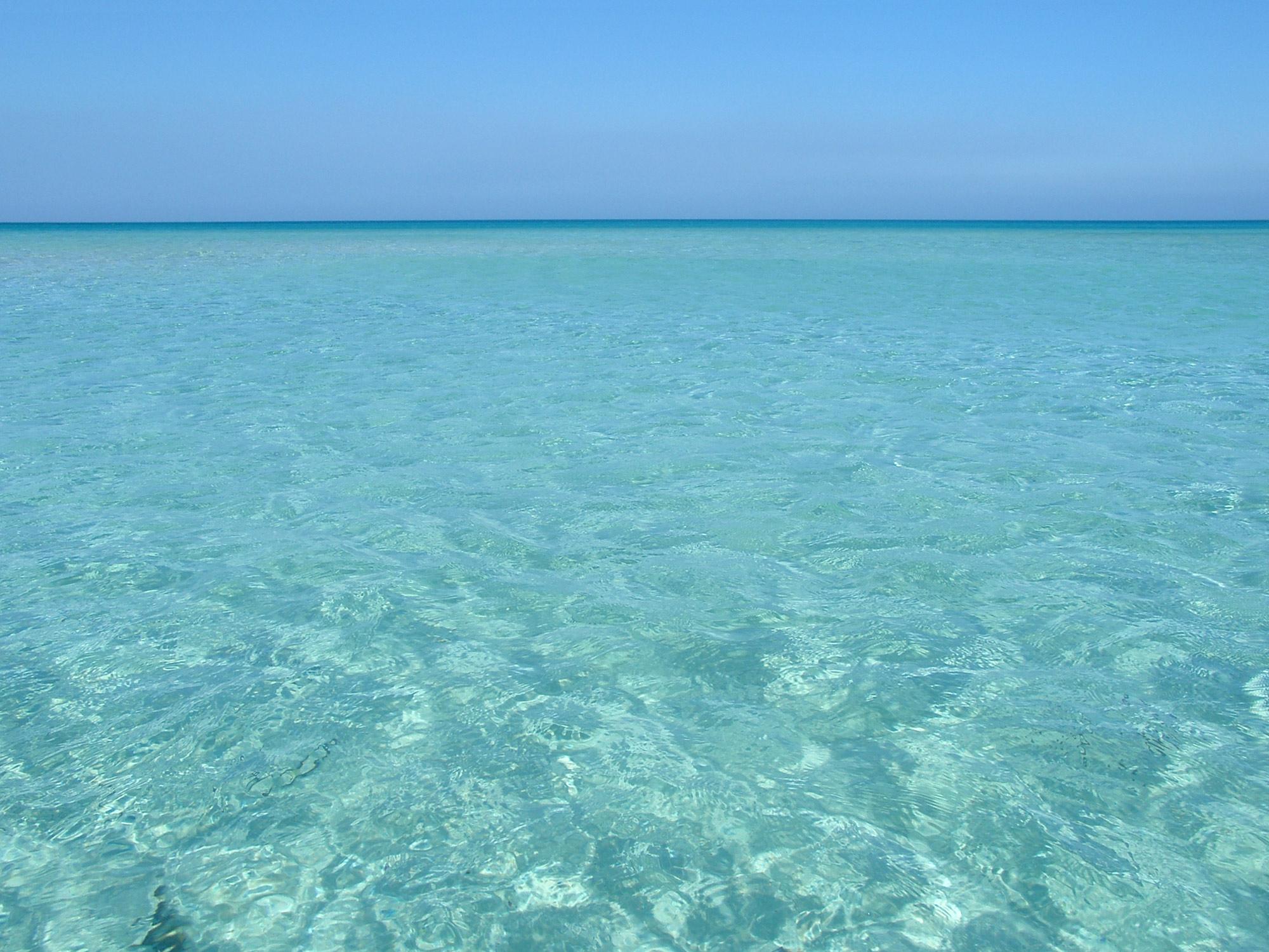 Türkises Meer Sizilien