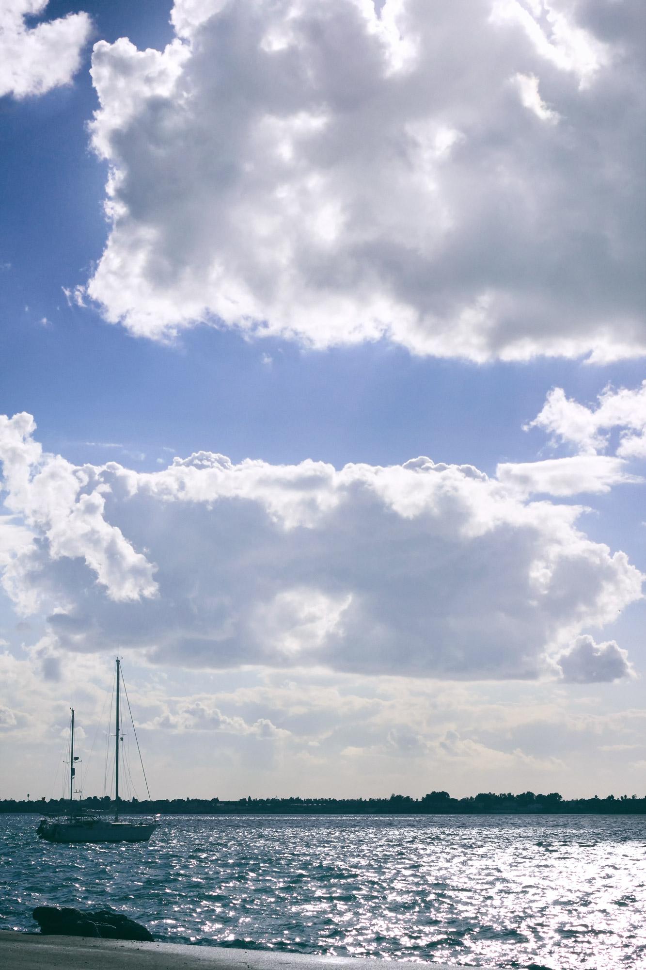 Segelschiff Wolken