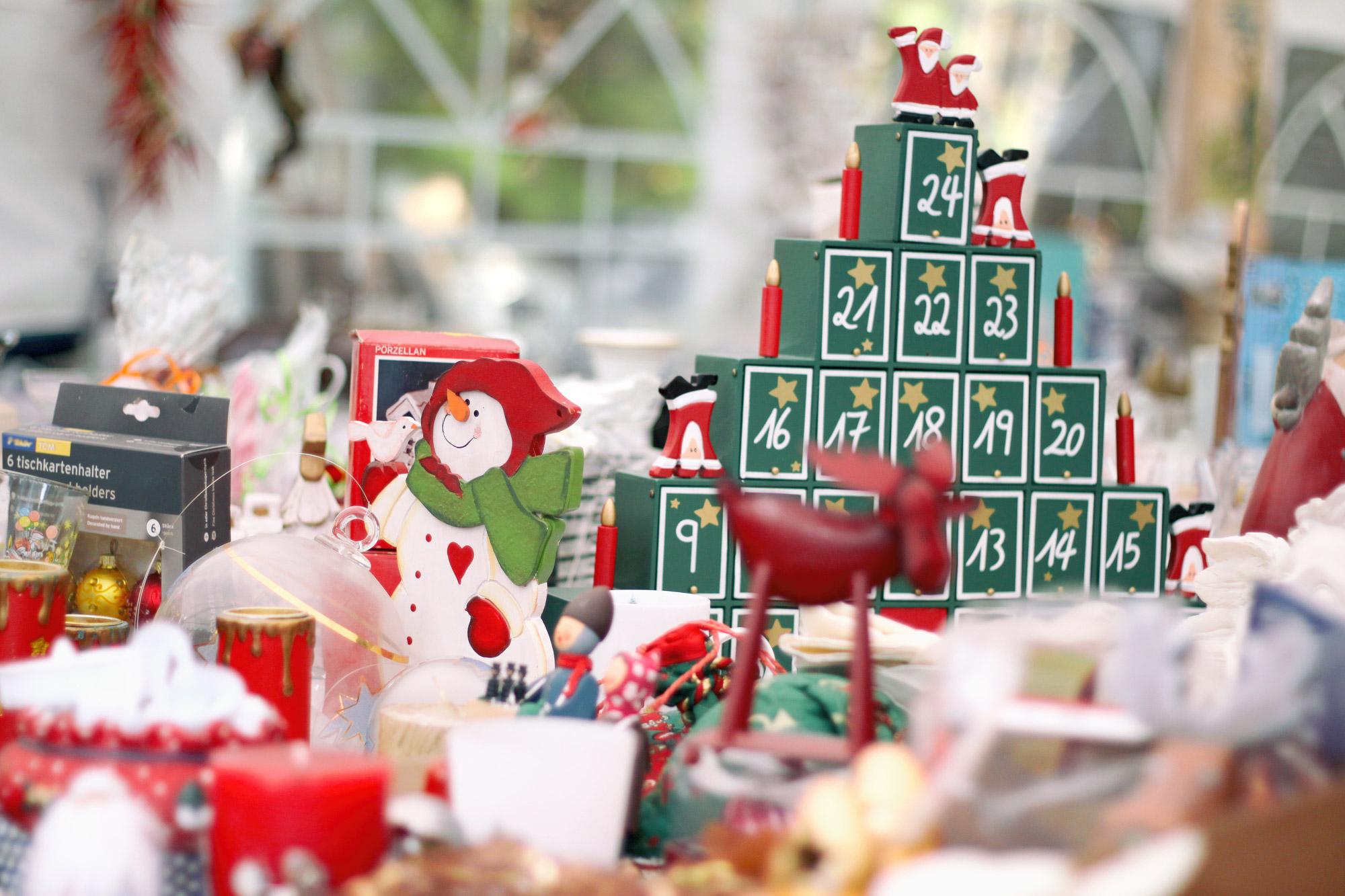 Weihnachten Trödelmarkt